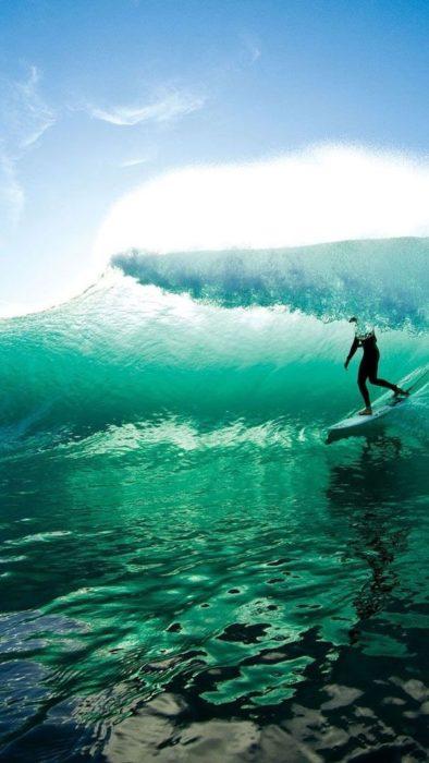 Surfing Phone 5